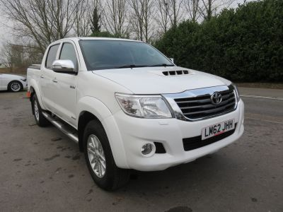 Used TOYOTA  HILUX INVINCIBLE D-4D 4X4 DCB Pick-Up Pick-Ups